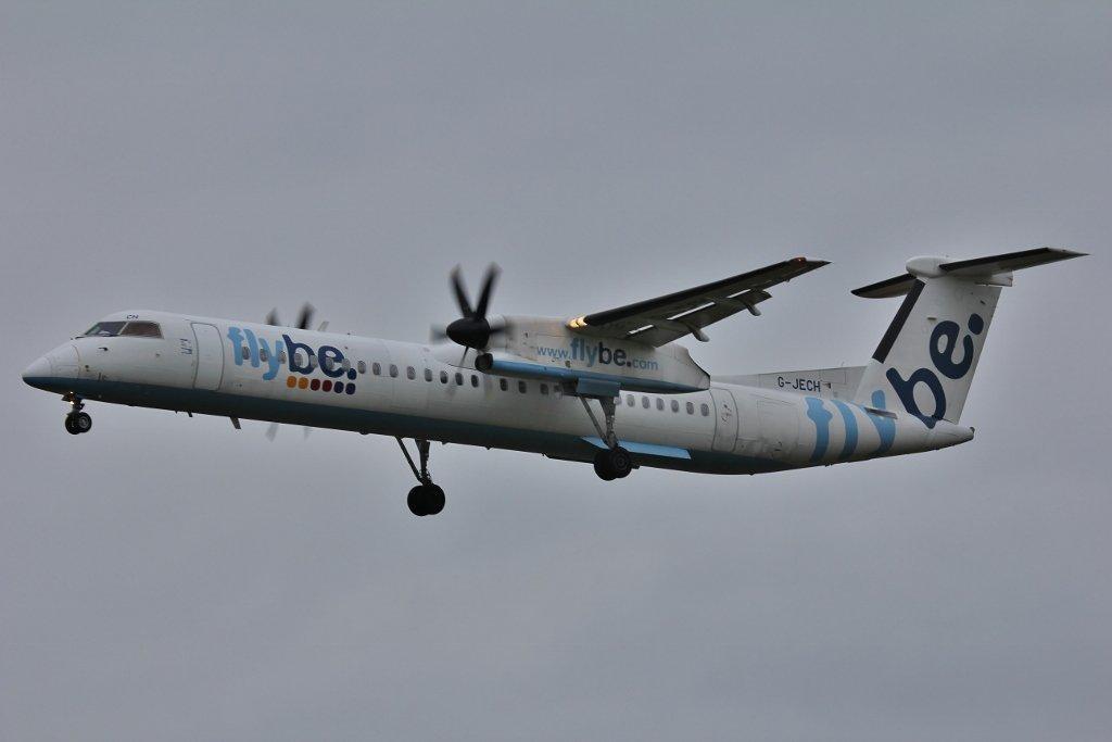 Flybe DHC-8-400, G-JECH<br /> By Steve Roper.
