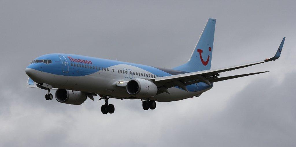 Thomson Airways B737-800, G-FDZF<br /> By Steve Roper.