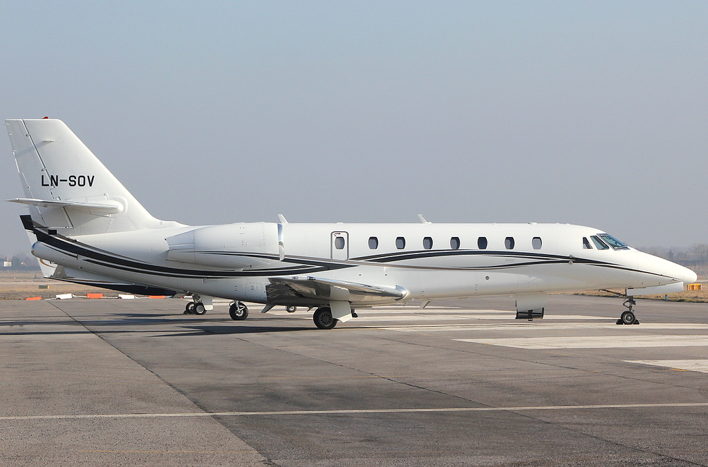 Cessna 680 Citation Sovereign (cn 680-0183), LN-SOV<br /> By Clive Featherstone.