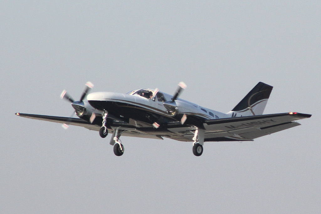 Cessna 441 Conquest II, M-USHY<br /> By Clive Featherstone.