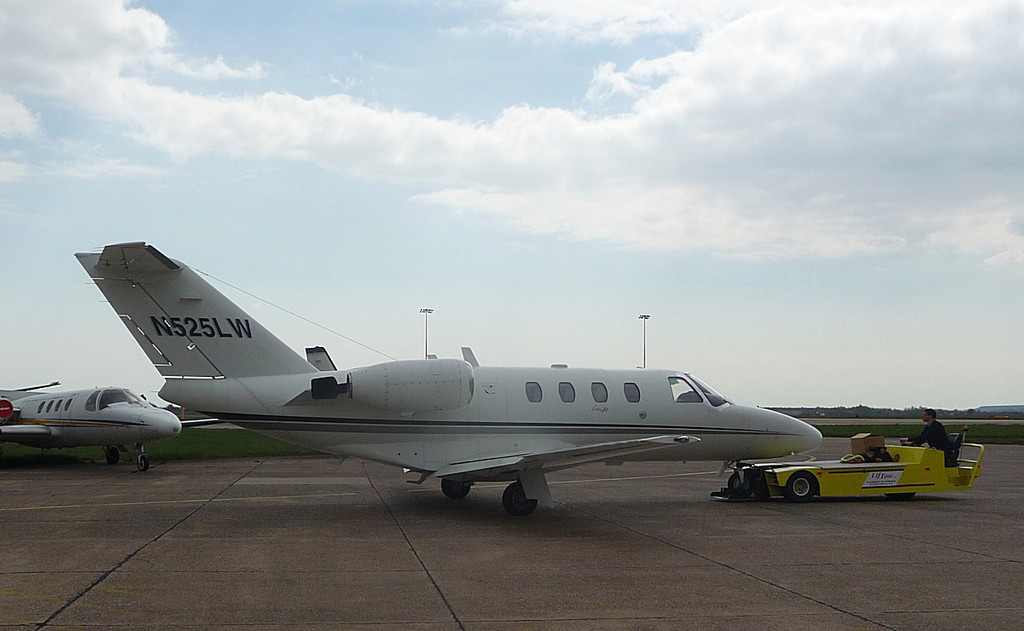 Cessna  525 CitationJet, N525LW<br /> By Correne Calow.