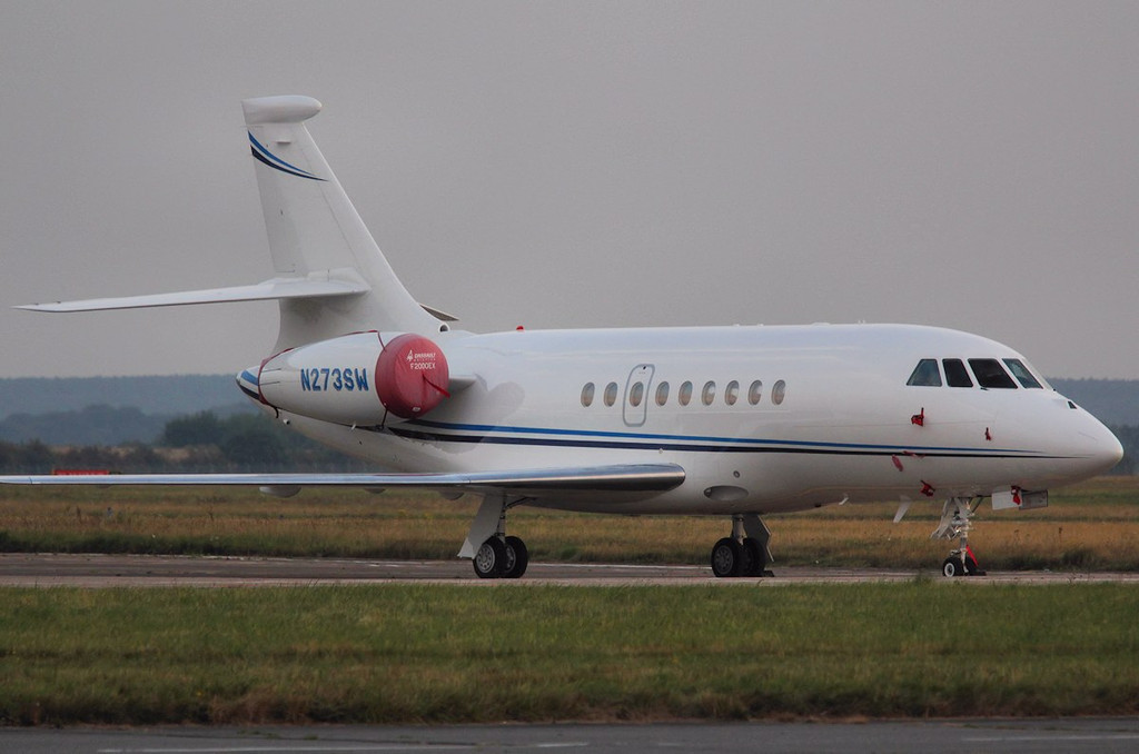 Dassault Falcon 2000EX, N273SW <br /> By Correne Calow.