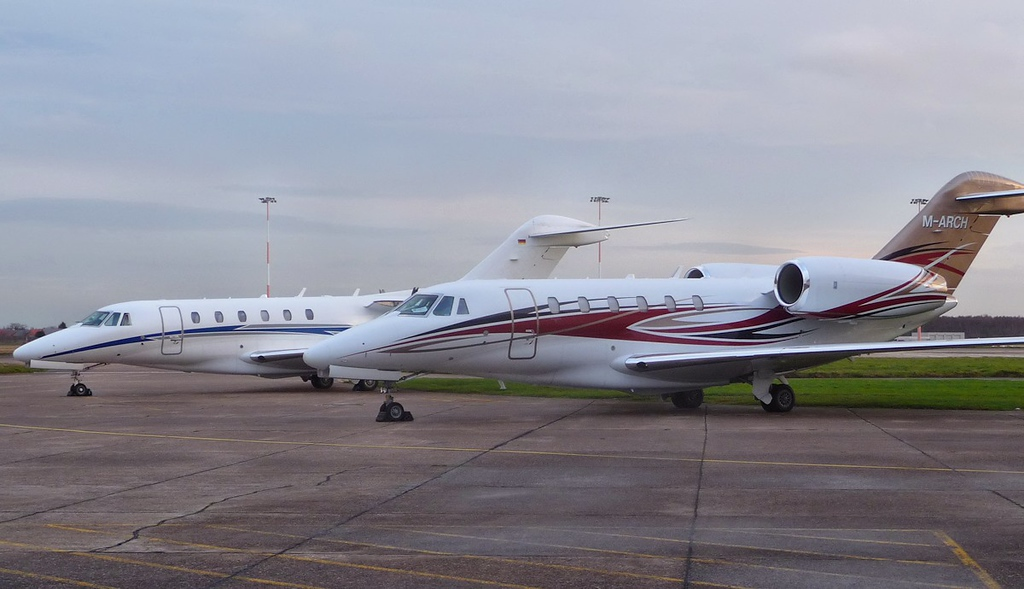 Cessna 750 Citation X, D-BOOC and Cessna 750 Citation X, M-ARCH<br /> By Correne Calow.