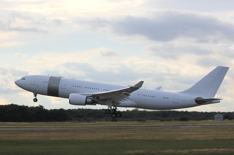 Qatar Amiri Flight A330, A7-HHM..<br /> By Clive Featherstone.