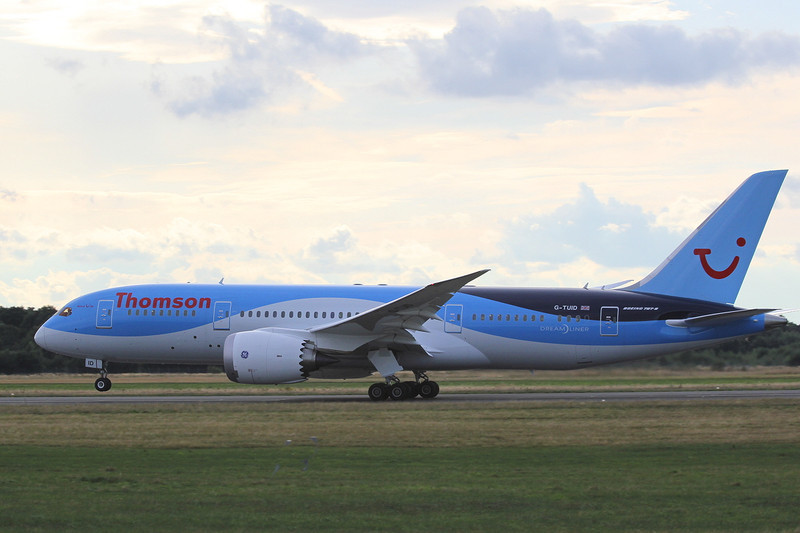 Thomson Airways 787-800 G-TUID.<br /> By Clive Featherstone.