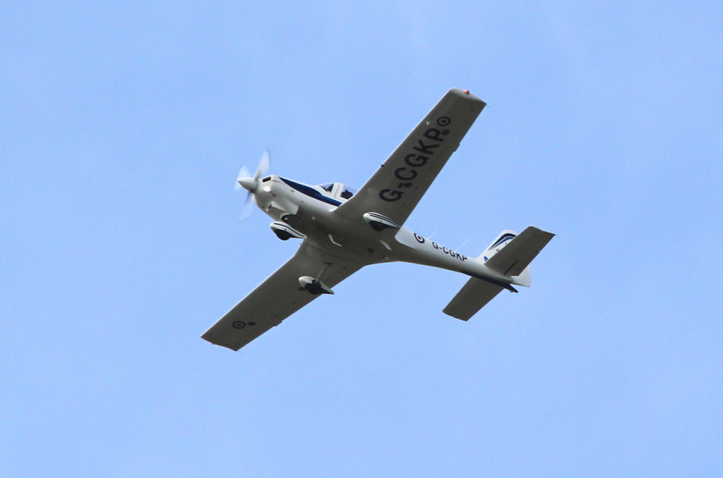 VT Aerospace/3FTS Grob Tutor T1, G-CGKP<br /> By Clive Featherstone.
