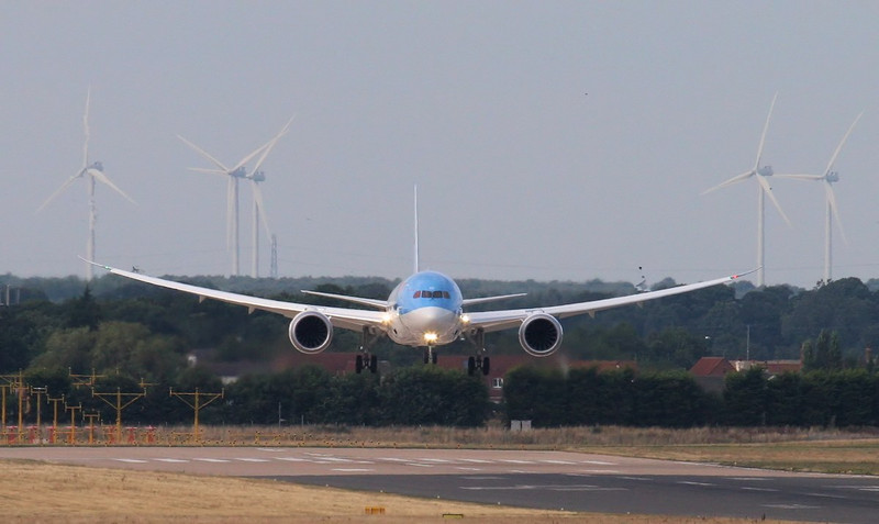 Thomson Airways 787-800 G-TUID was delivered on the 17th August..<br /> By Jim Calow.