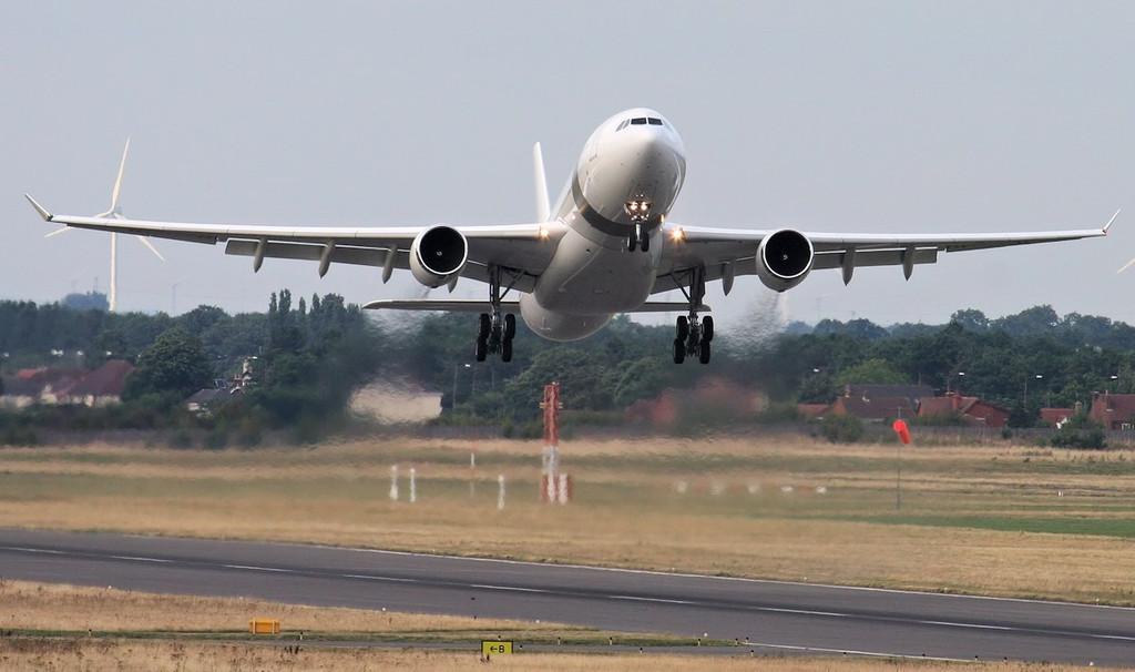 Qatar Amiri Flight A330, A7-HHM.<br /> By Jim Calow.