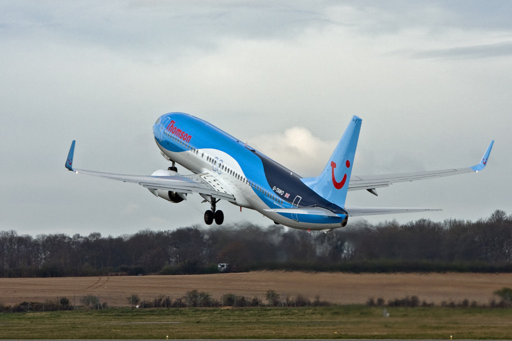 Thomson Airways B737-800,  G-TAWO<br /> By David Bladen.