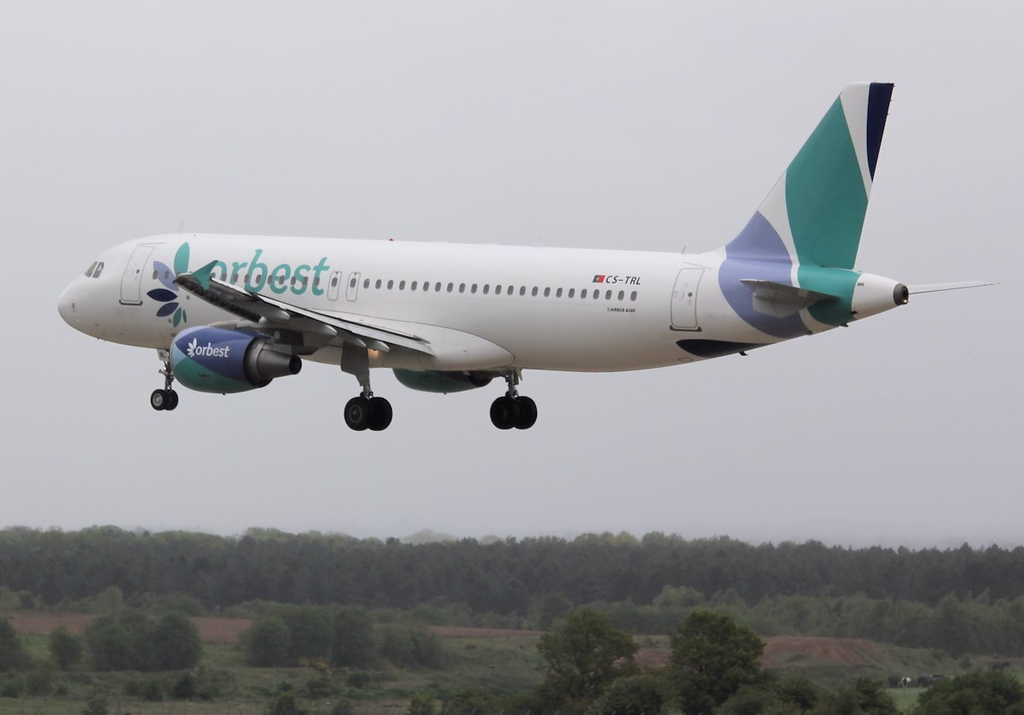 Orbest Airlines A320, CS-TRL<br /> By Correne Calow.