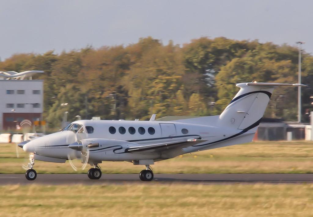 IAS Medica Ltd, Beech 200 Super King Air, G-IASA<br /> By Correne Calow.