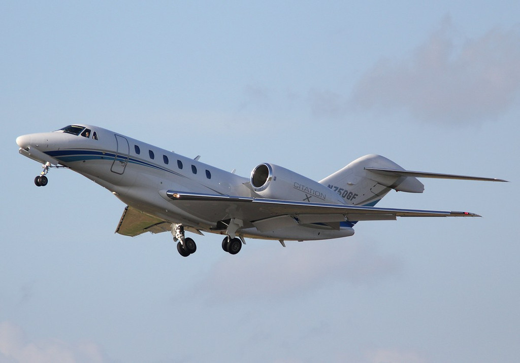 Cessna 750 Citation X, N750GF takes off and enters a left hand circuit<br /> By Correne Calow.