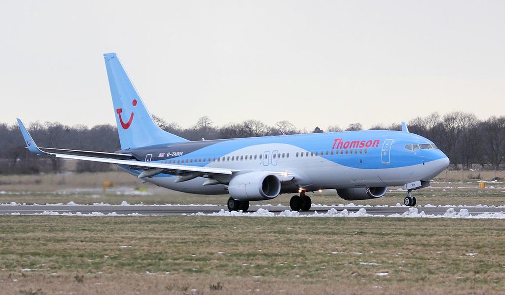 Thomson Airways 737-800 G-TAWN.<br /> By Jim Calow.