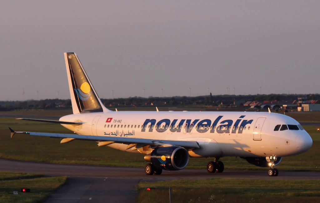 Nouvelair A320, TS-INO heads back to runway 02<br /> By Correne Calow