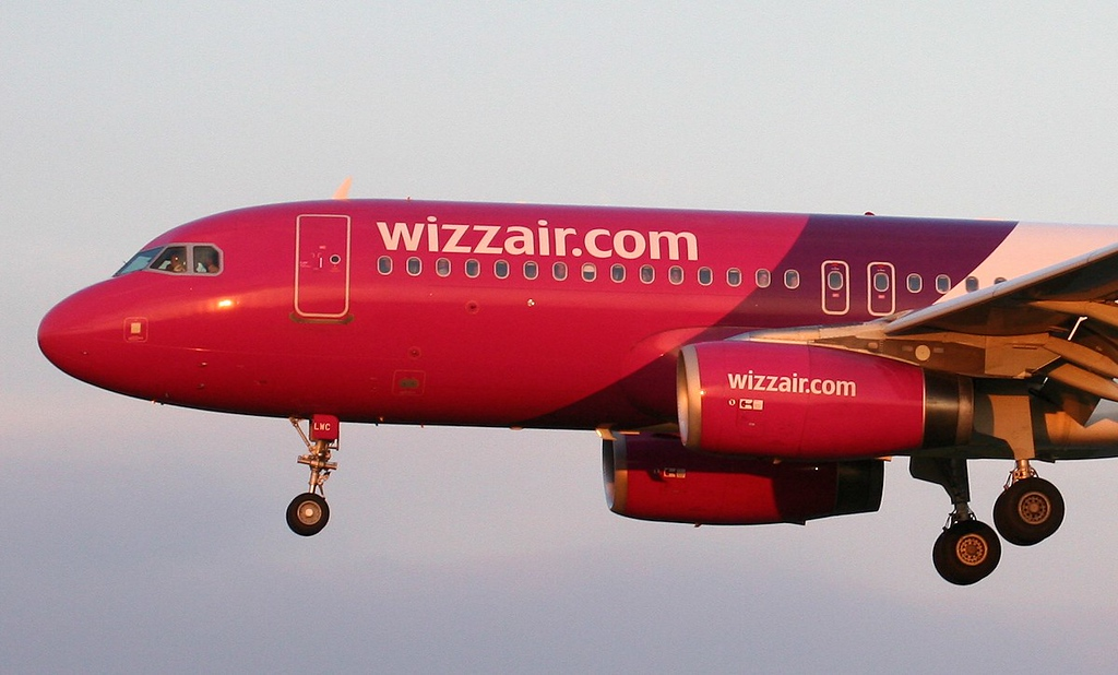 Wizz Air A320, HA-LWC<br /> By Jim Calow.