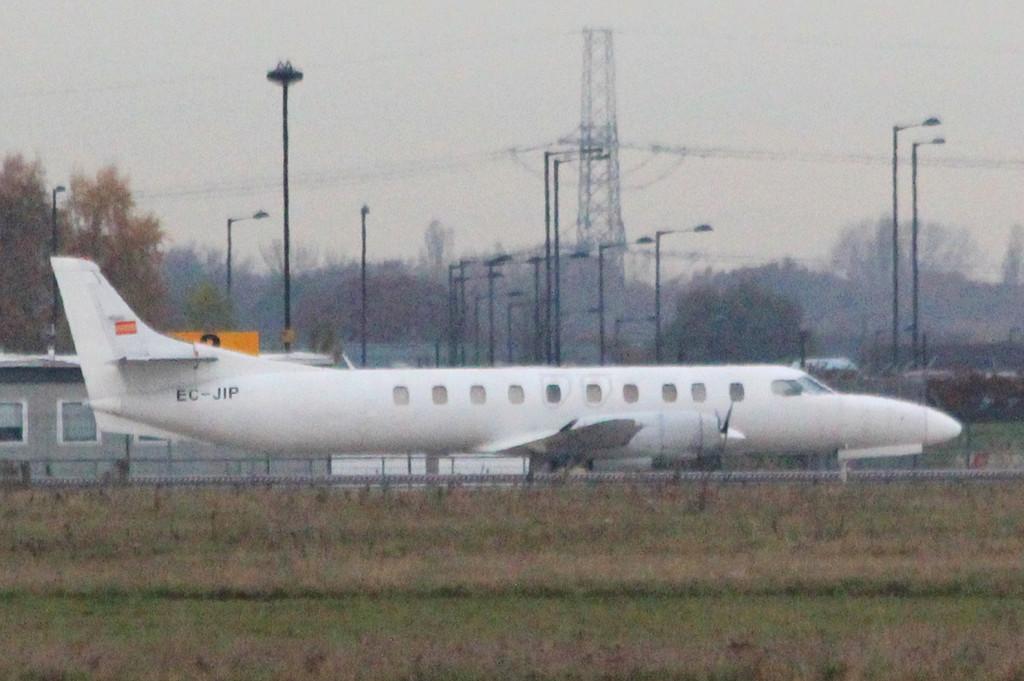 Flightline Spain, SA-226-TC Metro II, EC-JIP <br /> By Clive Featherstone.