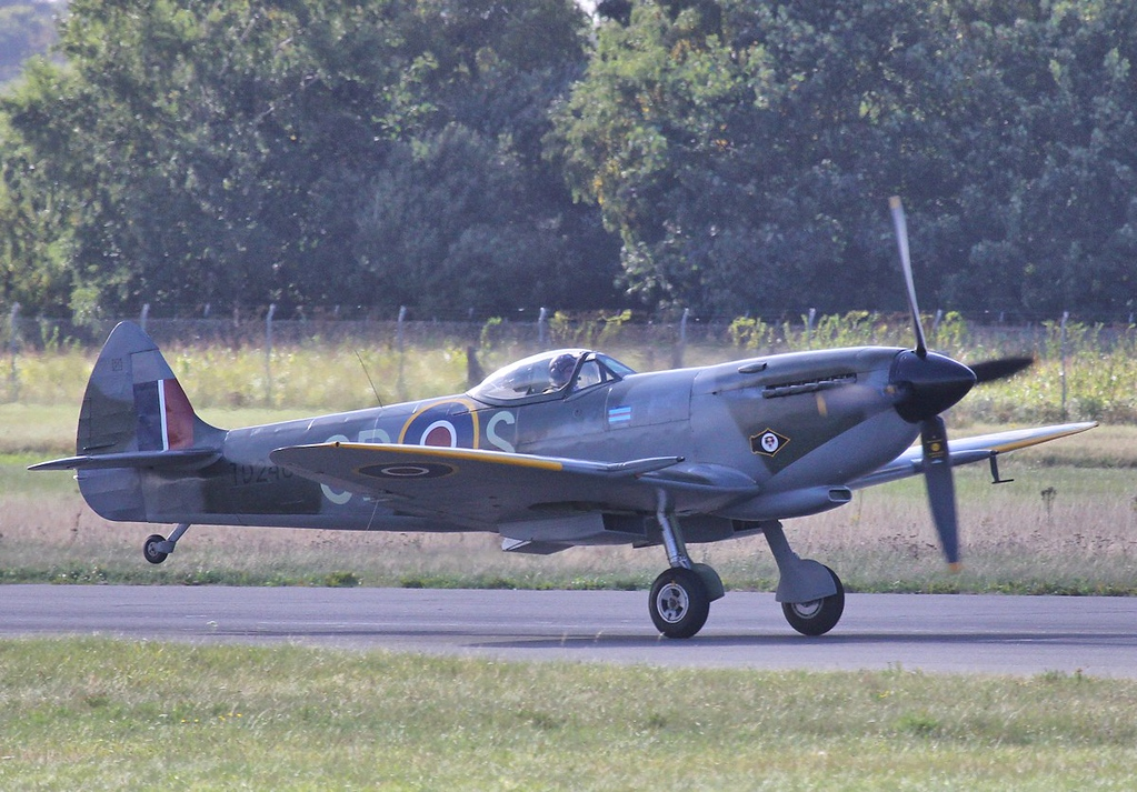 Spitfire LFXVIe, TD248 (G-OXVI).<br /> By Steve Roper.