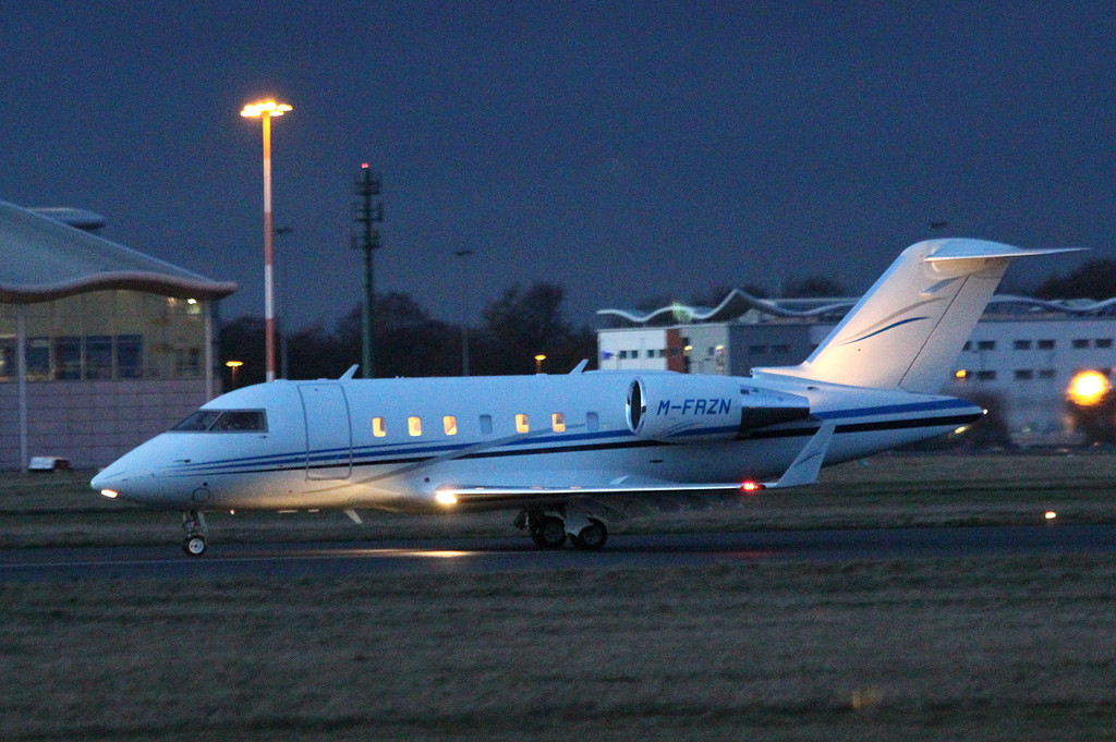 Iceland Foods, Bombardier Challenger 605, M-FRZN <br /> By Clive Featherstone.
