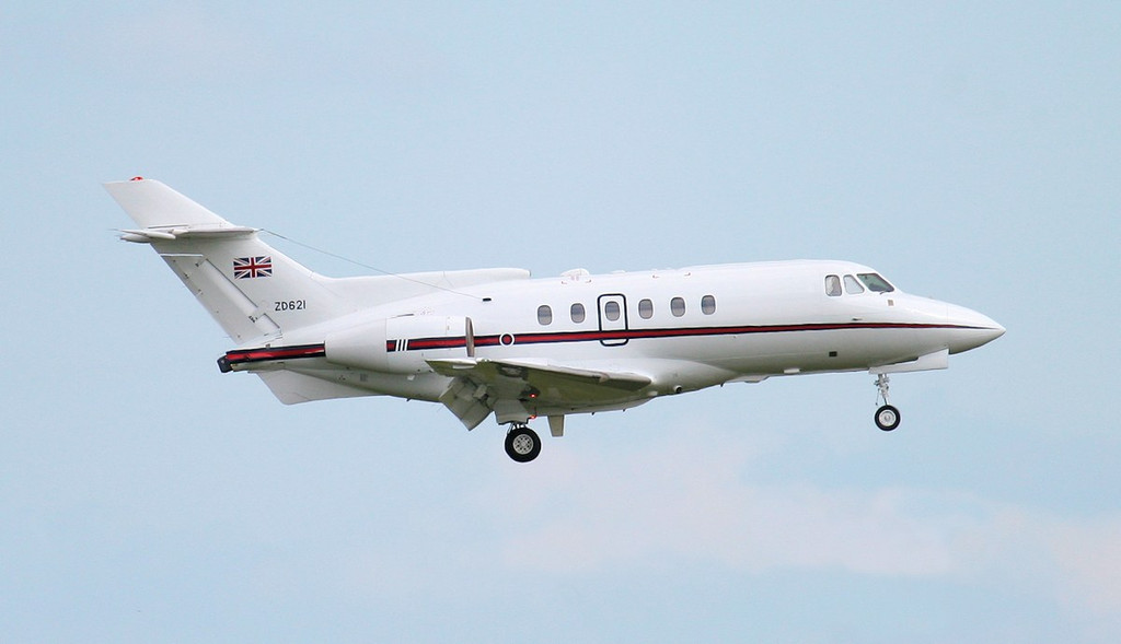 HS-125 CC3 , ZD621 on finals for rnwy 20.<br /> By Jim Calow.