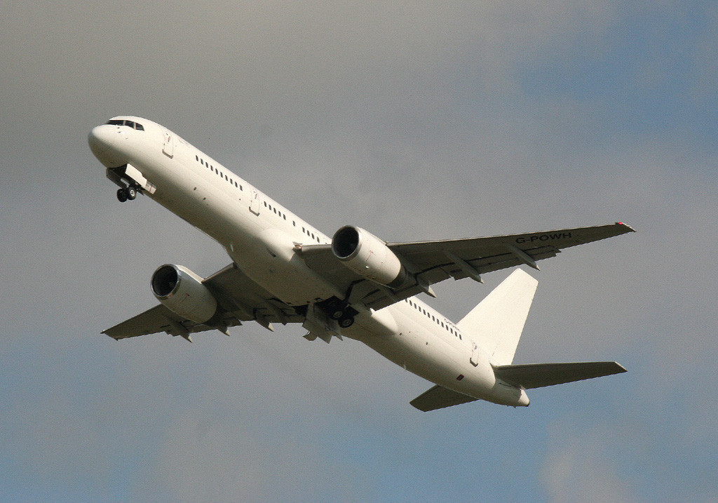 Titan Airways 757-200 G-POWH.<br /> BY Graham Vlacho.