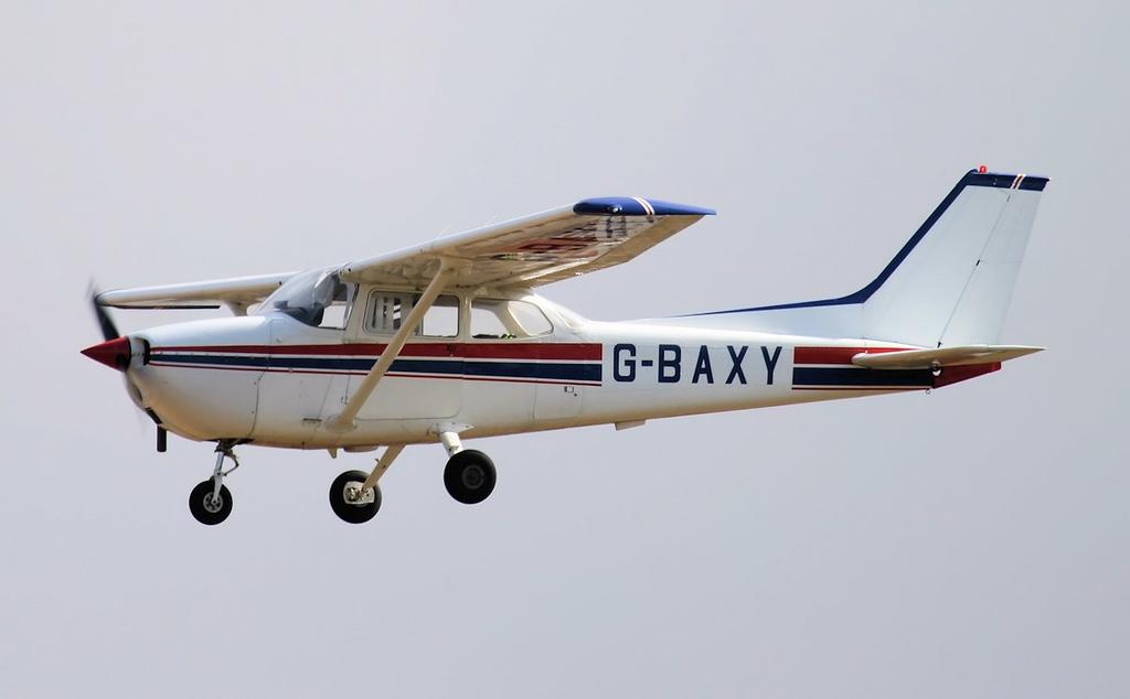 Cessna F172M Skyhawk, G-BAXY.<br /> By Jim Calow.