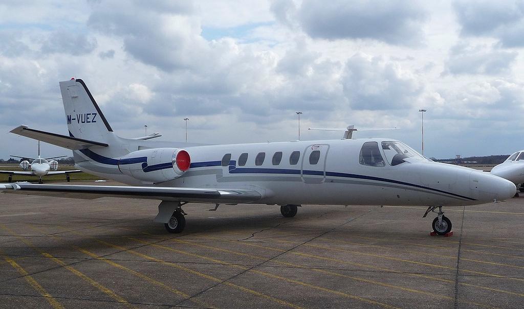 Cessna 550 Citation II, M-VUEZ<br /> By Correne Calow.