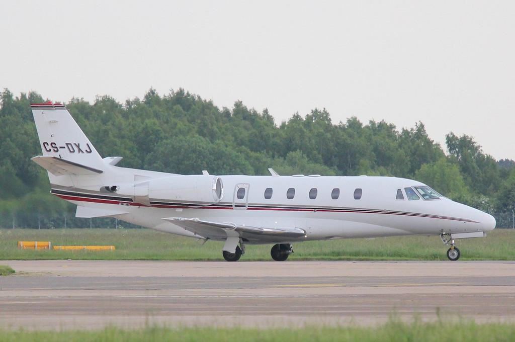 Netjets, Cessna 560XLS Citation Excel, CS-DXJ<br /> By Correne Calow.
