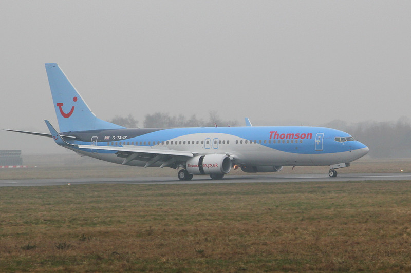 Thomson Airways 737-800 G-TAWK.<br /> By Clive Featherstone.