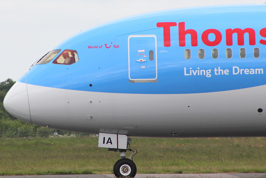 Thomson Airways 787-800 G-TUIA backtracks for a 02 departure.<br /> By Clive Featherstone.