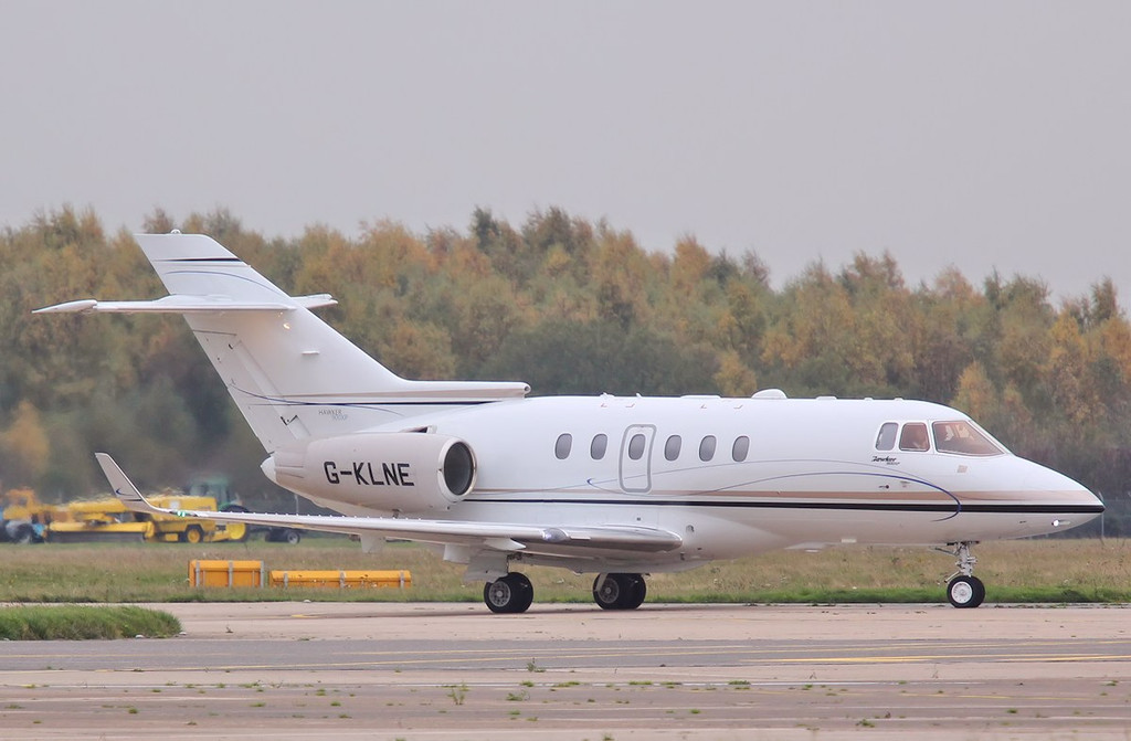 Saxon Air, Raytheon Hawker 900XP, G-KLNE.<br /> By Correne Calow.