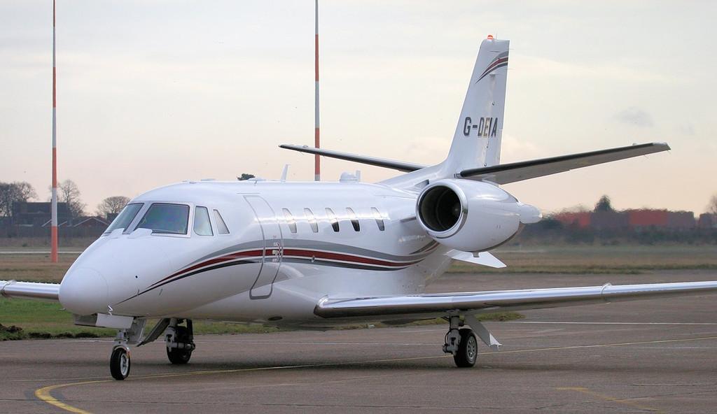 Cessna 560XLS Plus Citation Excel, G-DEIA.<br /> By Jim Calow.