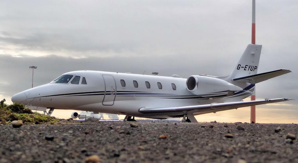 Cessna 560XLS Plus Citation Excel, G-EYUP.<br /> By Jim Calow.