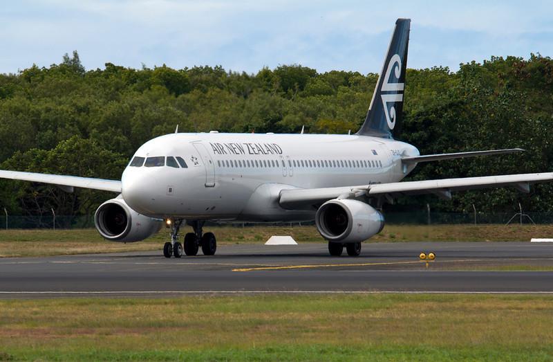 ZK-OJC AIR NEW ZEALAND A320