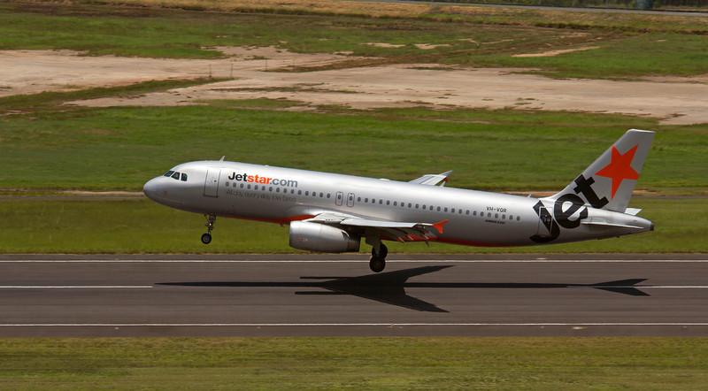 VH-VQR JETSTAR A320