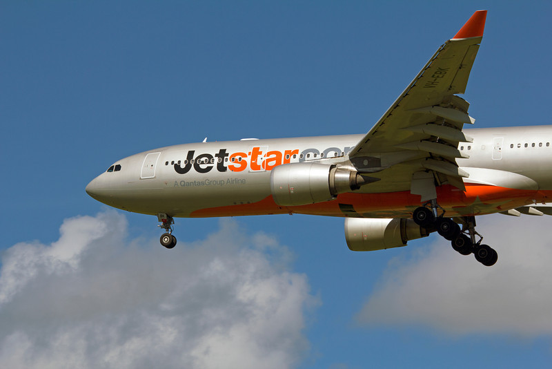 VH-EBK JETSTAR A330-200