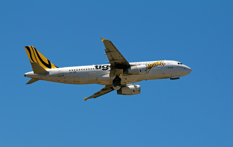 VH-VND TIGER AIRWAYS A320