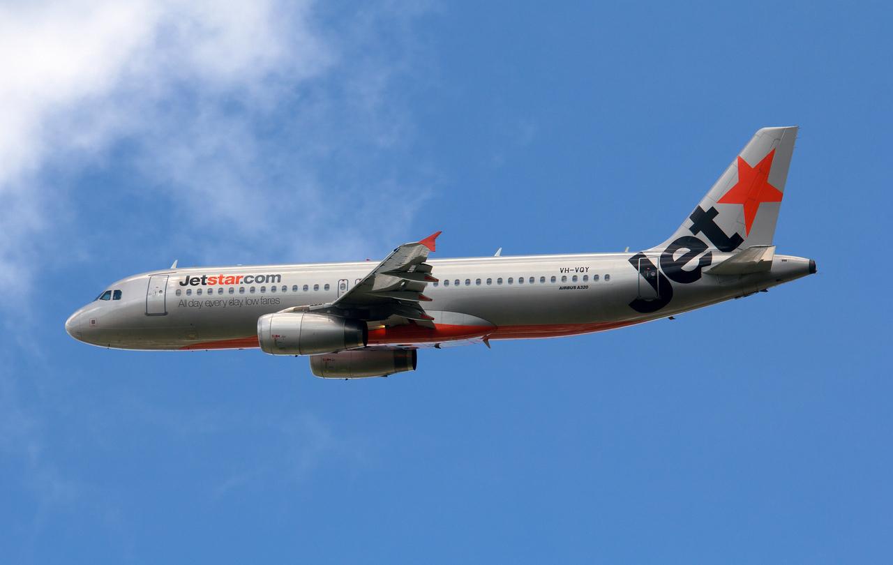 VH-VQY JETSTAR A320