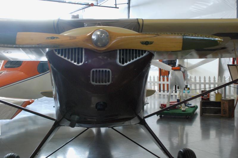 Taylorcraft 1941 BC12-65 front detail