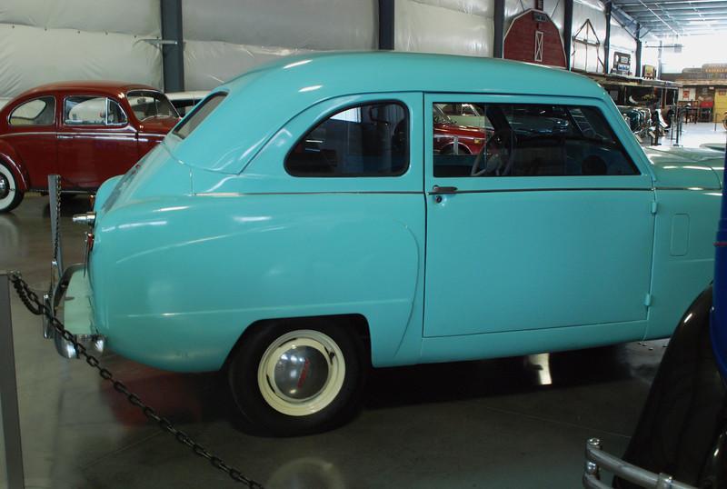 Crosley 1950 Model CD sedan side rt