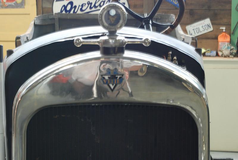 Velie 1922 Touring Car radiator shell