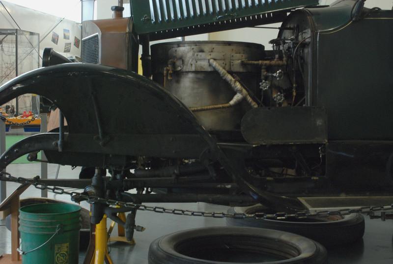 Stanley 1918 Model 735B engine side lf 1