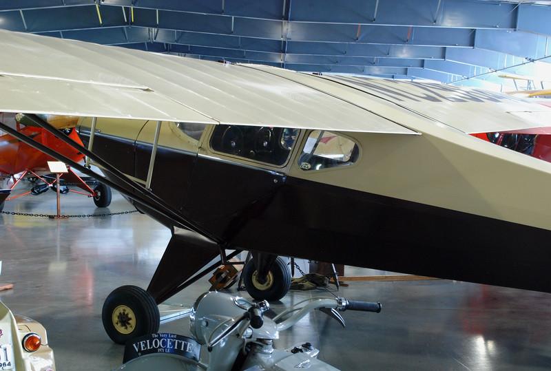Taylorcraft 1941 BC12-65 rr lf