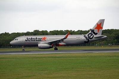 VH-VFV JETSTAR A320