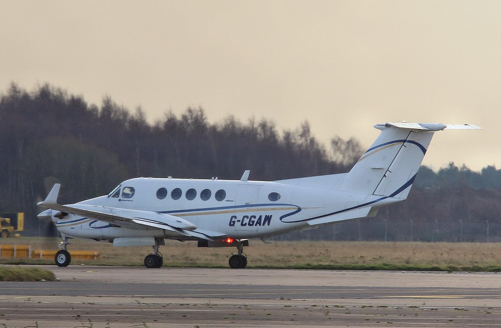 Beech 200 Super King Air, G-CGAW; heading off to Southend.<br /> By Correne Calow.