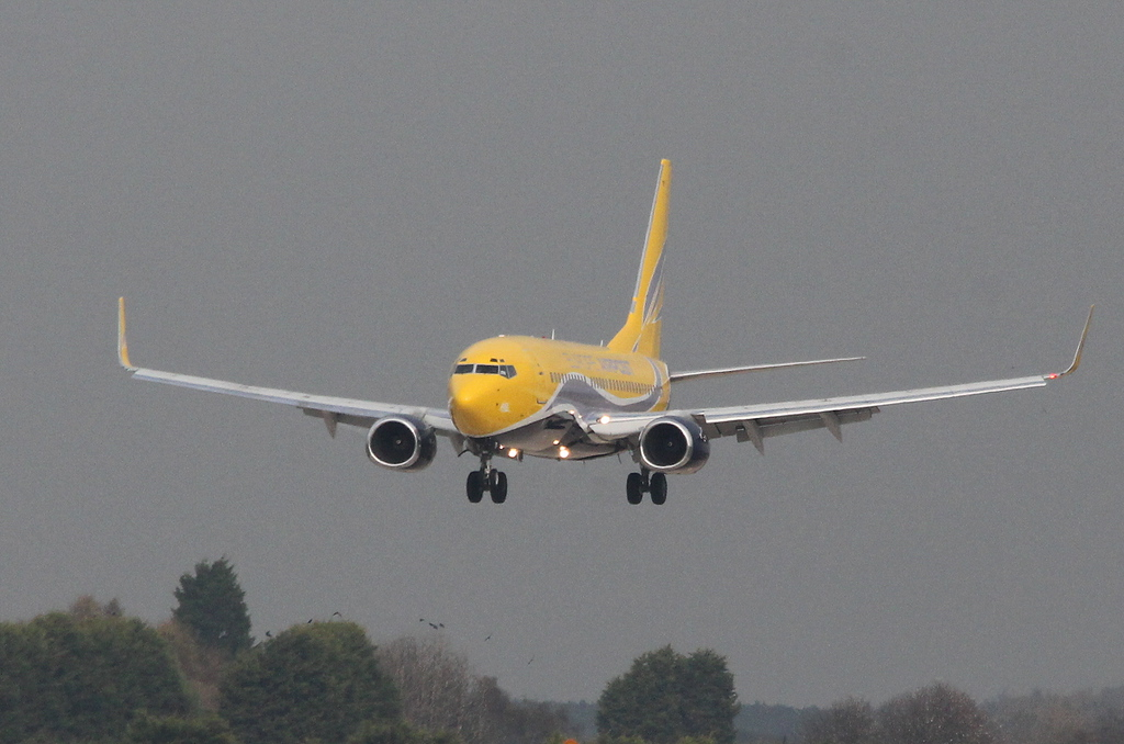 Arriving empty from Paris this morning......Europe Airpost Boeing 737-700 F-GZTF.<br /> By Clive Featherstone.