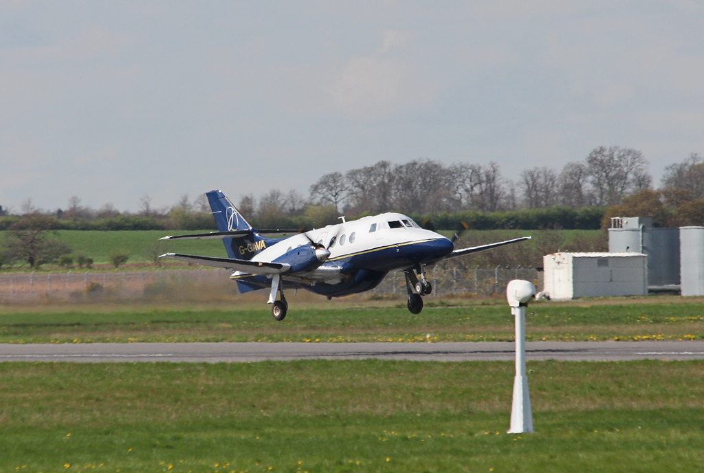 LinksAir Jetstream 31, G-GAVA departs on the new route to Belfast<br /> By Clive Featherstone.