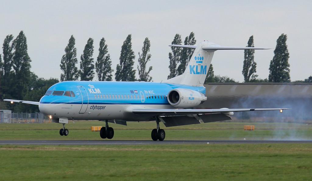 KLM Fokker 70, PH-WXC.<br /> By Jim Calow.