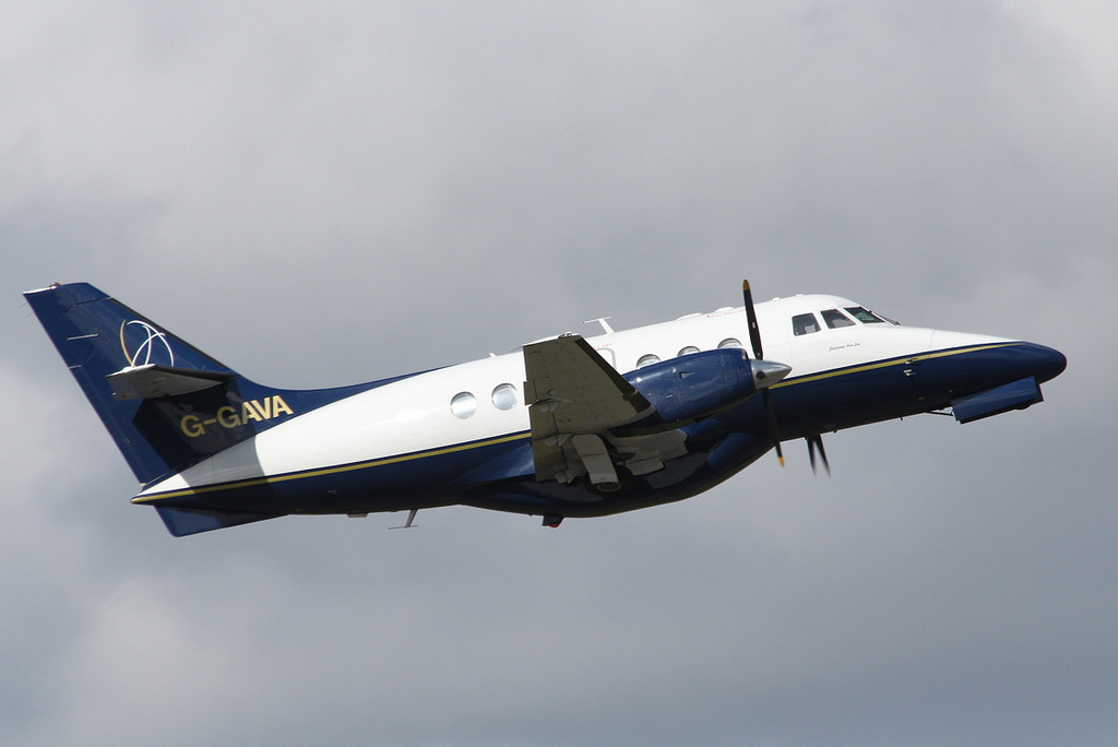 LinksAir Jetstream 31, G-GAVA  departs on our first service to Isle of Man<br /> By Clive Featherstone.