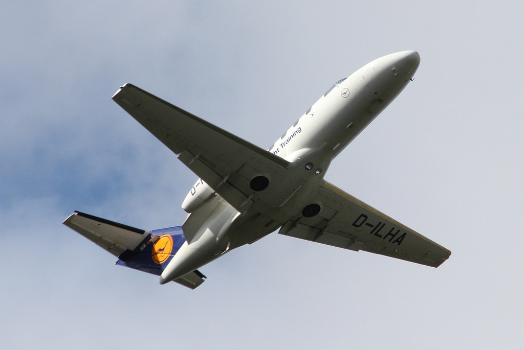 Lufthansa Flight Training, Cessna 525 Citation CJ1+, D-ILHA<br /> By Clive Feathertone.