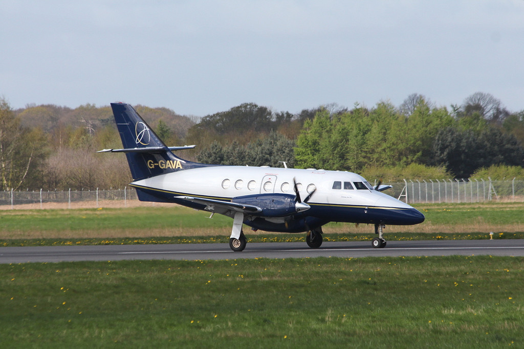 LinksAir Jetstream 31, G-GAVA  arrives from Belfast<br /> By Clive Featherstone.